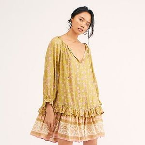 NWT Spell & The Gypsy Collective Dahlia Dress